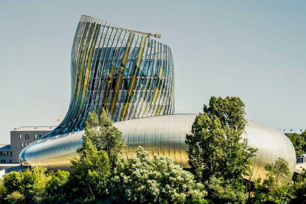 La Cité du Vin, un incontournable de toute visite à Bordeaux depuis son inauguration au printemps 2016 © Cité du Vin