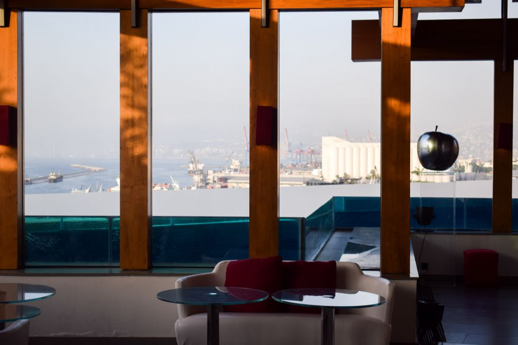 Le dernier étager et rooftop du Gray est également équipé d'une vaste piscine © YONDER.fr