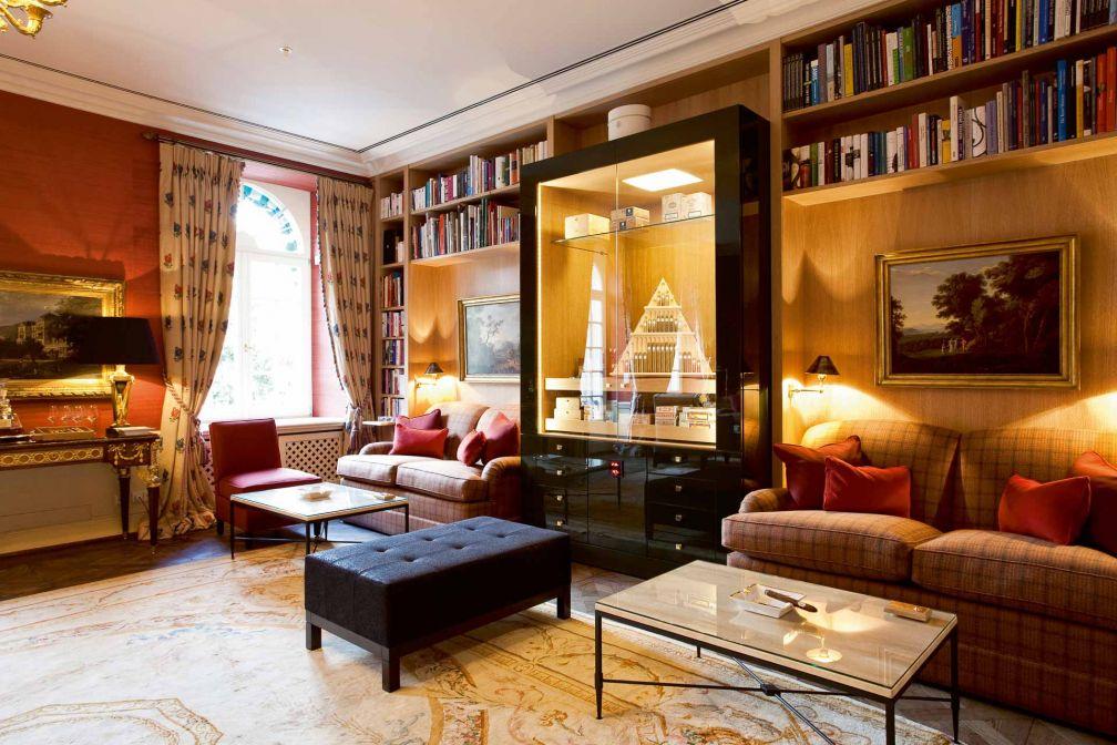 Le Cigar Lounge de l'hôtel © DR