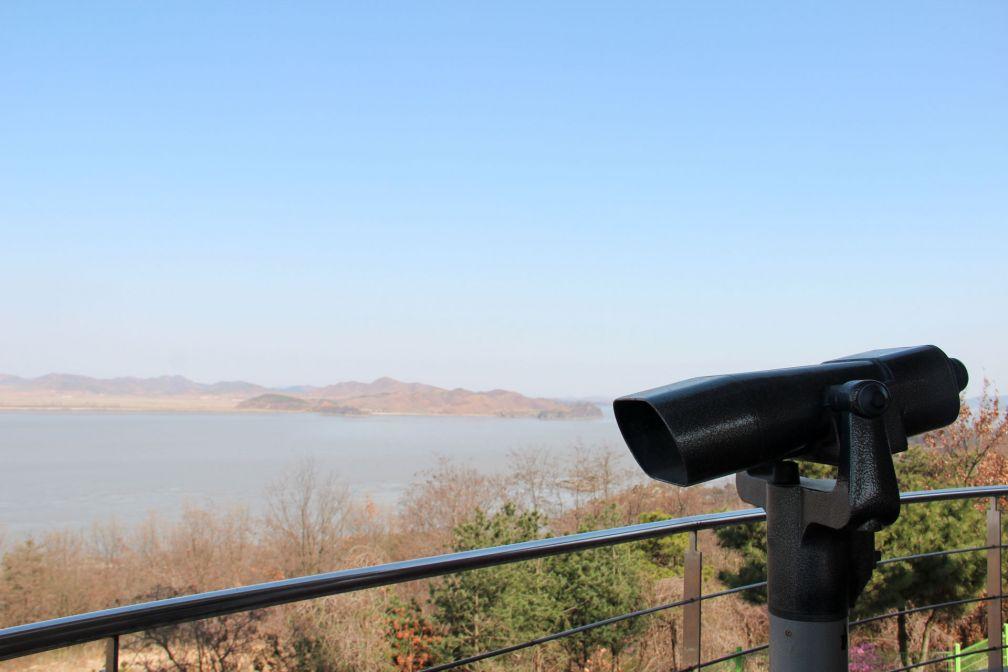 À certains endroits de la frontière au Sud, la Corée du Nord est devenue une attraction touristique © Pierre Gunther