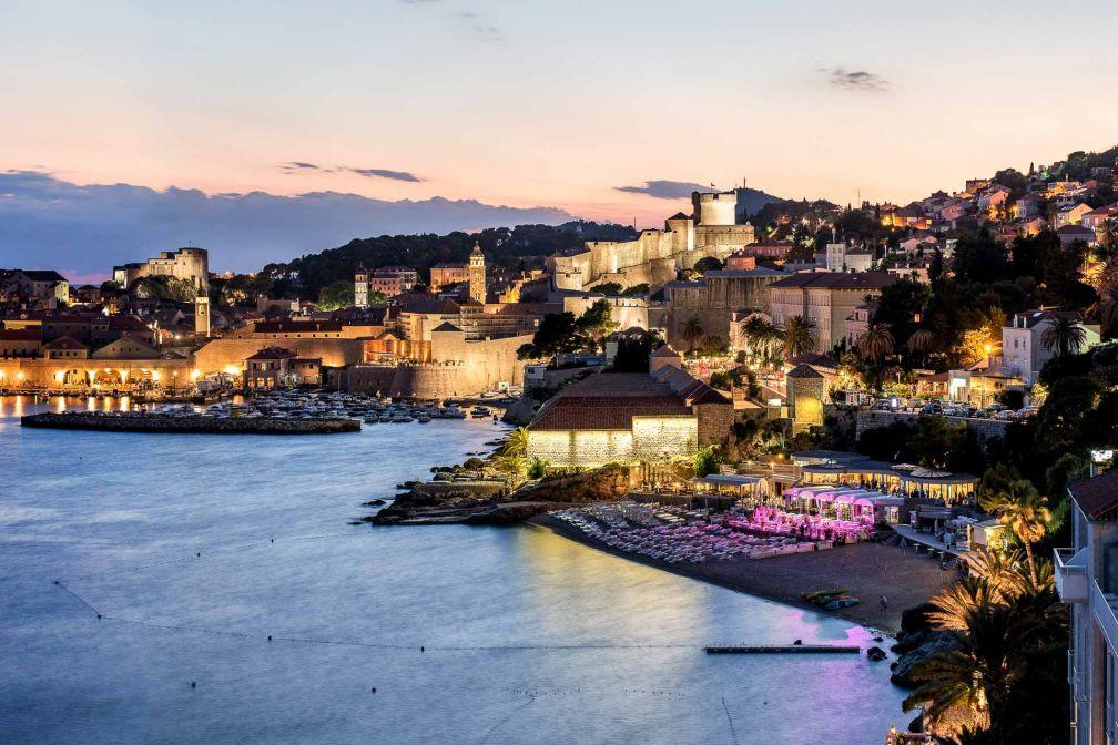 Dubrovnik, la perle de l'Adriatique, au crépuscule © DR