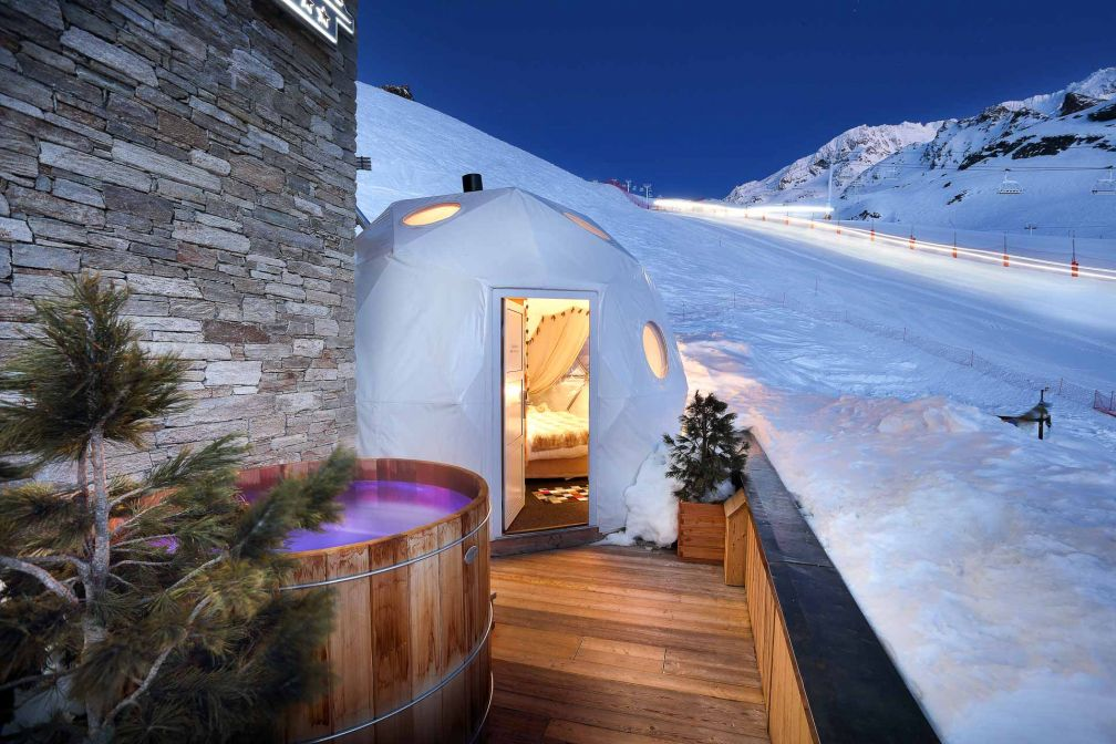 Des igloos ont également été conçus, renforçant la sensation d'isolement © Gérard Cottet