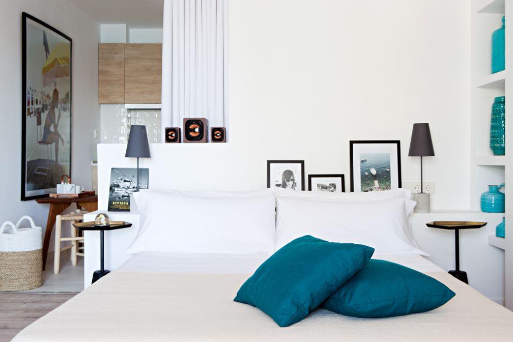 Décoration épurée dans les suites © Yann Deret