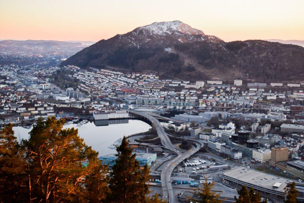 Vue sur les environs de Bergen depuis le mont Fløyen © YONDER.fr