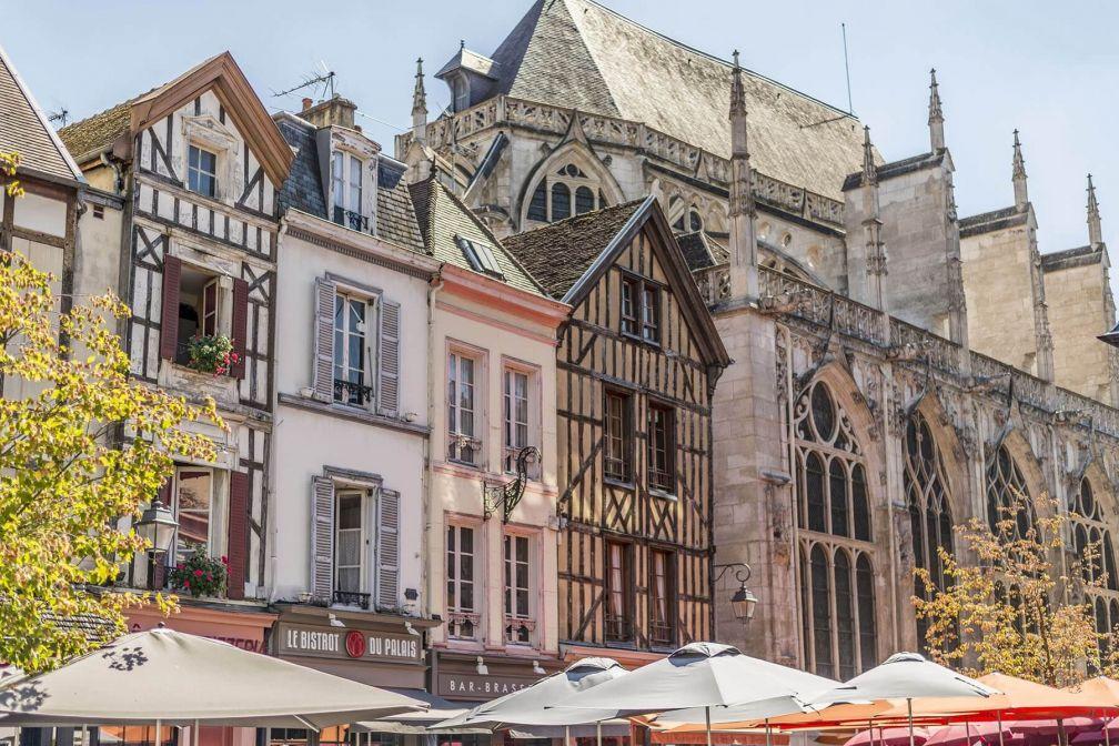 Le cœur historique de Troyes et l'église Saint-Jean-au-Marché © Laurent Lempens Troyes Champagne Tourisme