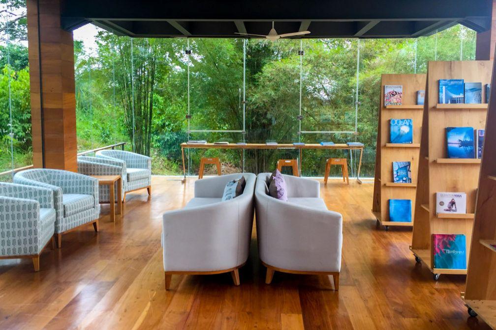 La bibliothèque du Tri, entièrement ouverte vers l'extérieur © Constance Lugger