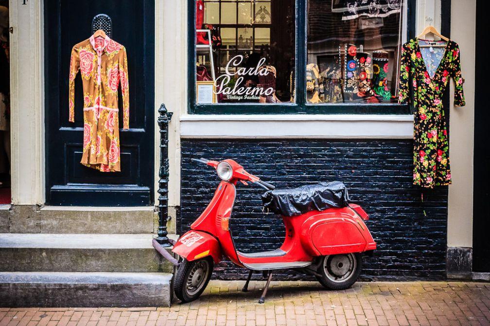 Boutique branchée dans le quartier des Negen Straatjes, les neuf petites rues, haut-lieu du shopping alternatif  | © Flickr CC - Ronel Reyes - https://flic.kr/p/c1dVRC