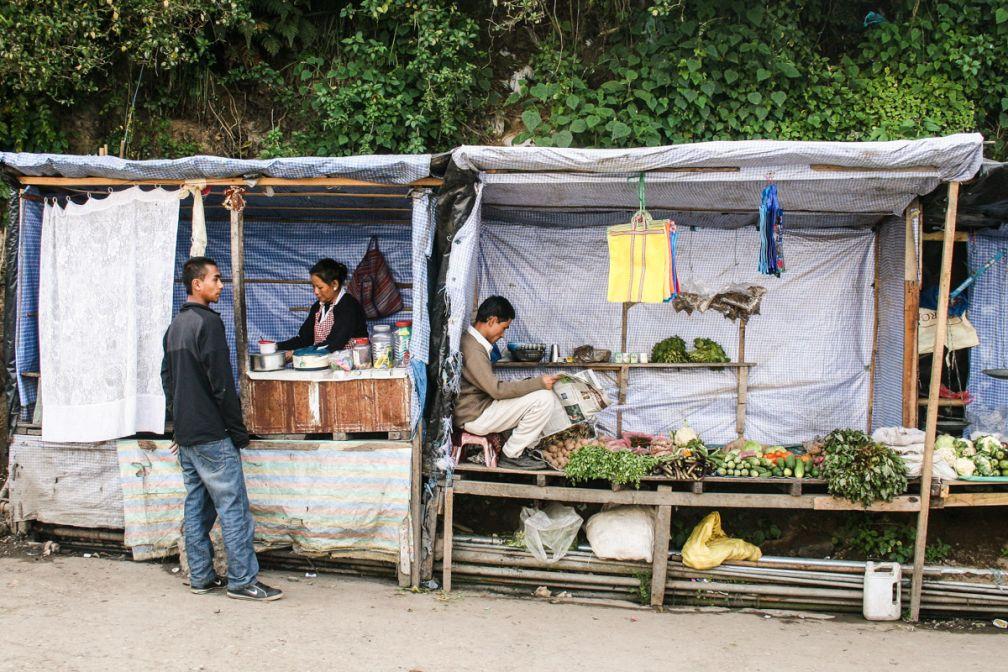 Petites échoppes dans le centre-ville de Darjeeling