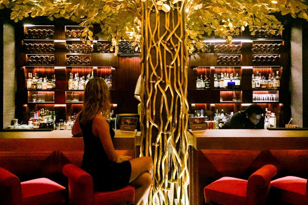 Au bar... © Constance Lugger