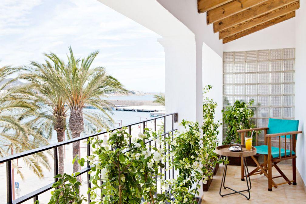 Les suites disposent toutes de balcons suffisamment vastes pour s'y installer © Yann Deret