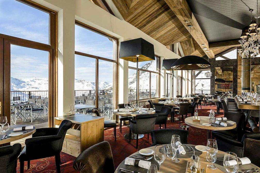 Restaurant avec vue au Koh-I Nor © DR
