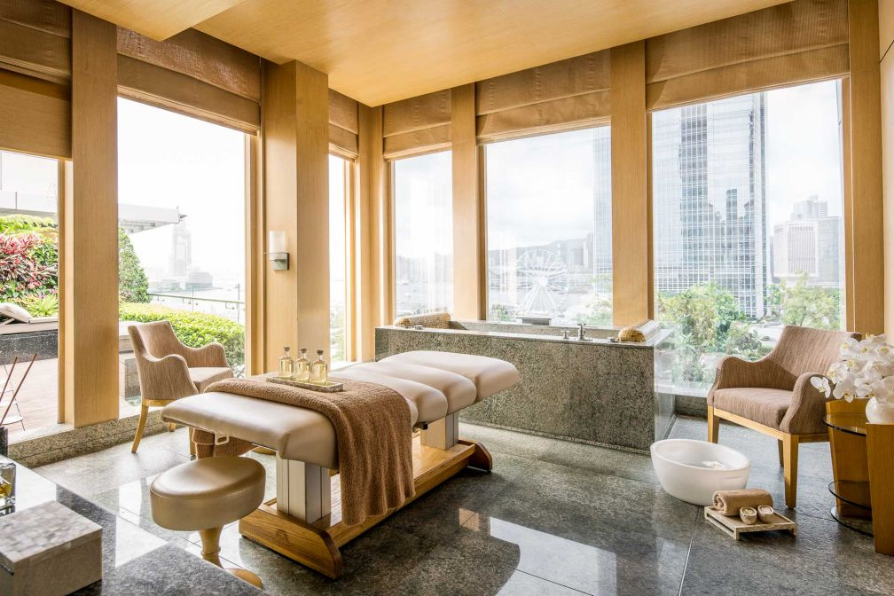 Four Seasons Hong Kong – Cabine avec vue au Spa © Four Seasons
