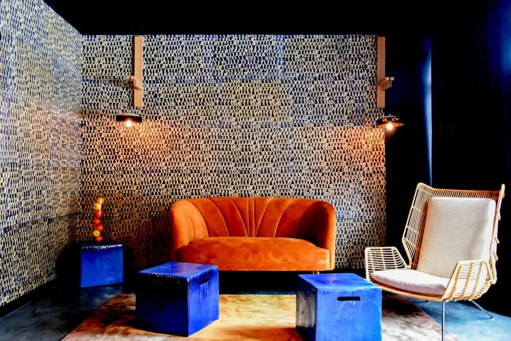 Coin salon au Feel God Club, le vaste espace dédié au bien-être © DR