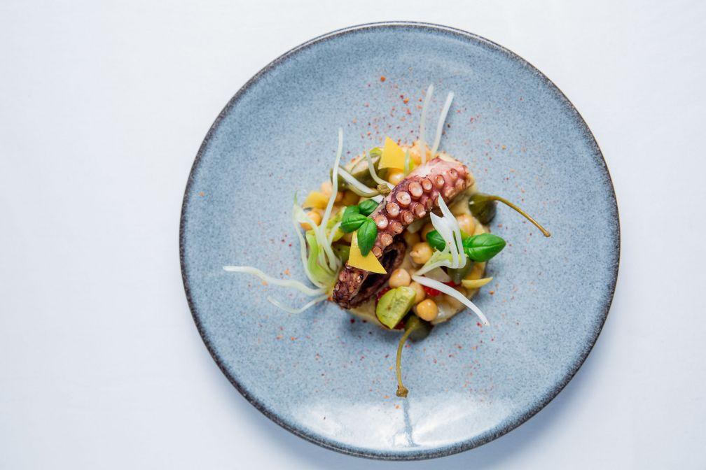 ÔMER est le nouveau restaurant d'Alain Ducasse  dédié à toutes les cuisines de la Méditerranée © SBM