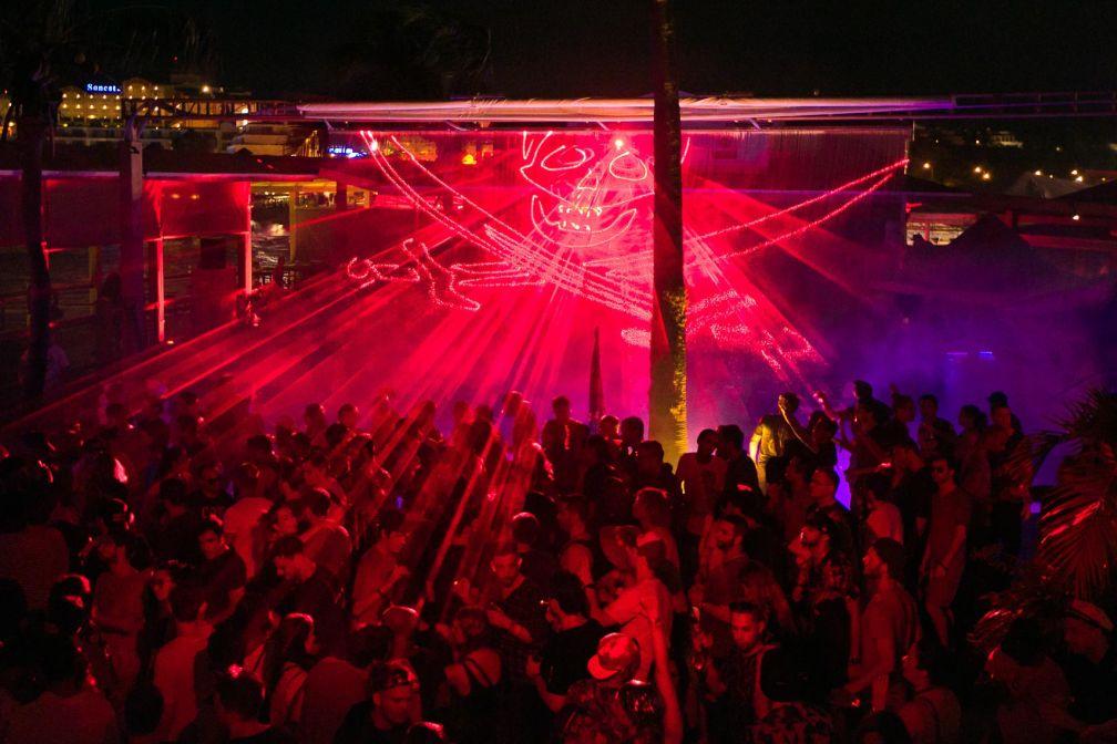The Refuge est l'un des spots où la fête se poursuit tout au long de la nuit et jusqu'au petit matin © DR