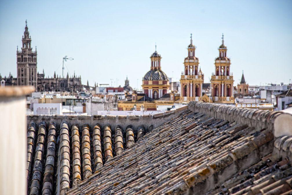 Vues sur les toits de Séville depuis le rooftop / solarium © Palacio de Villapanés