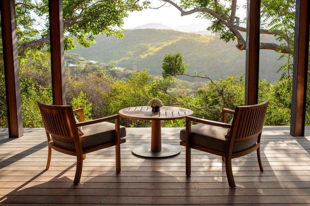 Tous les Pavillons ou Villas offrent de larges terrasses pour profiter de la vue © Aman
