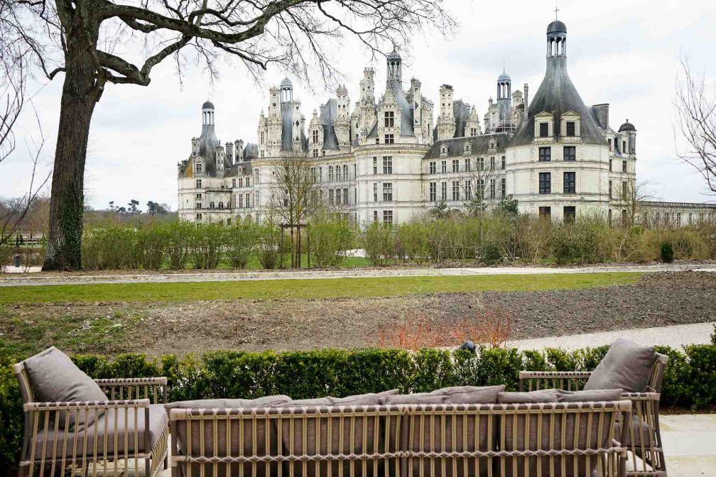 Vue sur le Château depuis la terrasse du restaurant © YONDER.fr