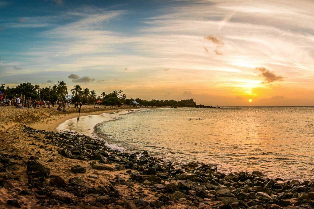 La plage du côté d'Happy Bay © Geoffrey March