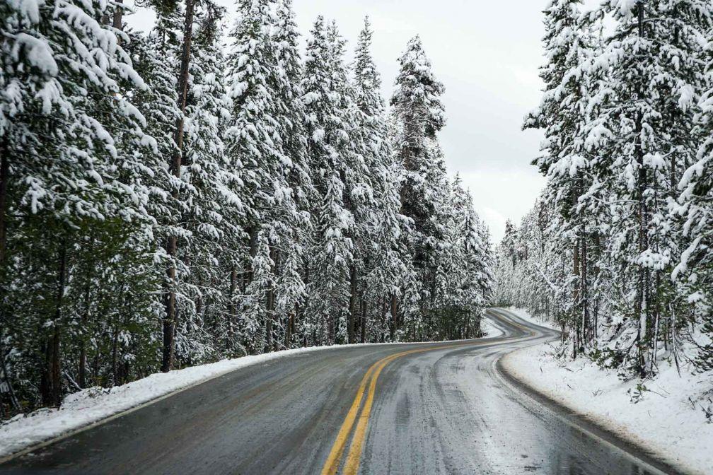 Dès la mi-septembre, la neige peut tomber en abondance dans le parc. © YONDER.fr