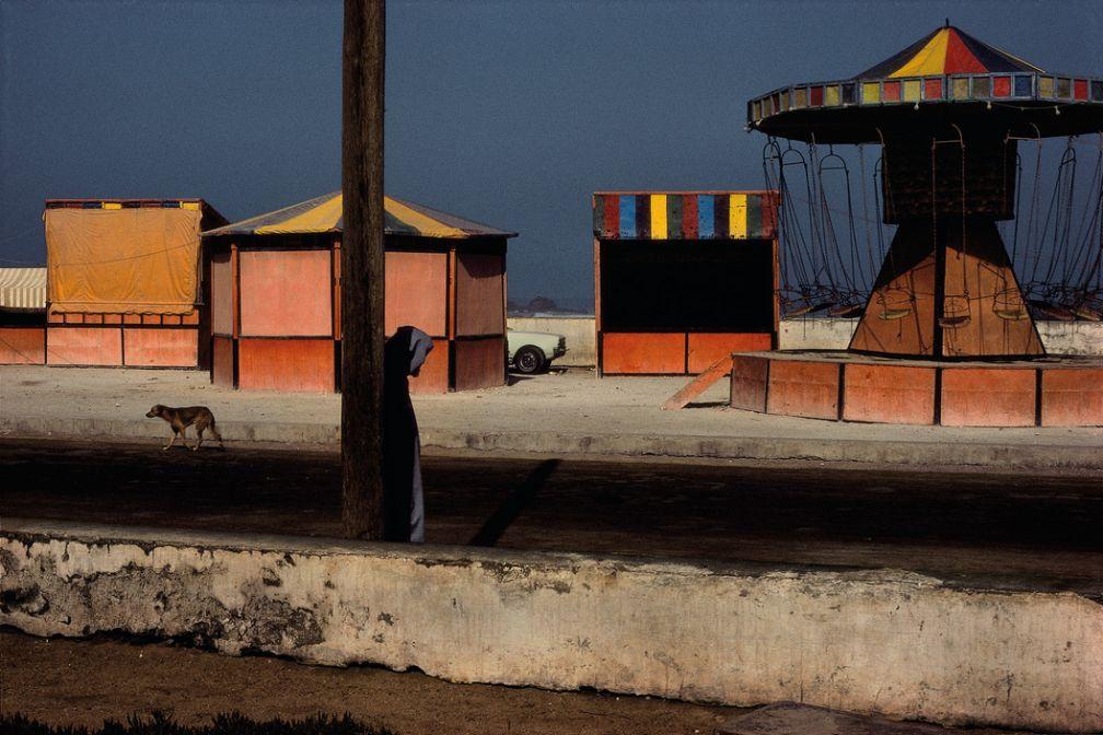 Essaouira. Foire près du front de mer. 1988. © Harry Gruyaert / Magnum Photos
