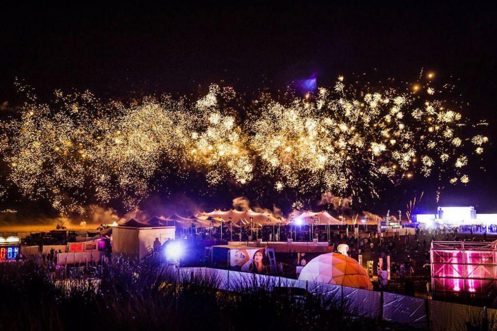 Feux d'artifice et apothéose pour conclure le festival © Philippe Roelants / WECANDANCE