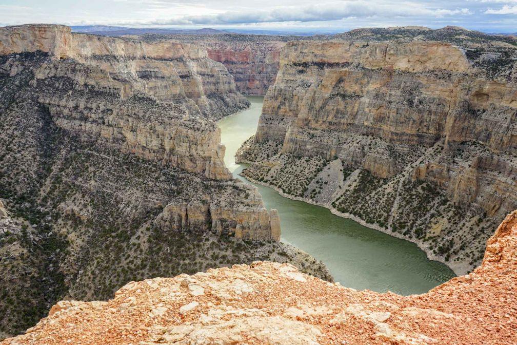 Si techniquement le Bighorn Canyon National Recreation Area est dans le Montana, l'accès au canyon se fait depuis le Wyoming.