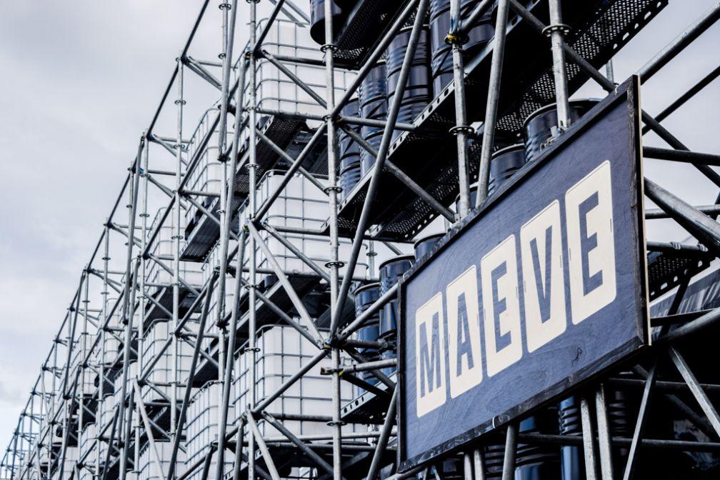 Devant la même scène, le lendemain dédié au label Maeve © Yonder.fr