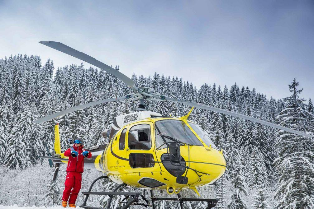 Des ski safaris sont proposés aux guests de l'hôtel pour découvrir les plus beaux domaines skiables des Alpes © Four Seasons