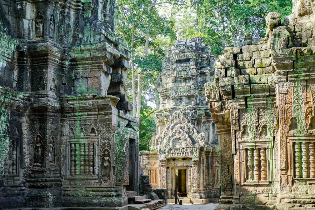 Découverte merveilleuse au petit matin des temples d'Angkor © YONDER.fr