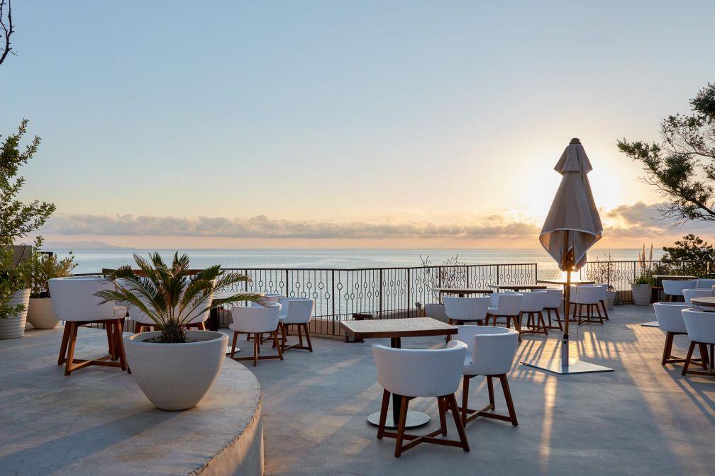 Coucher de soleil sur la terrasse de Misincu © DR