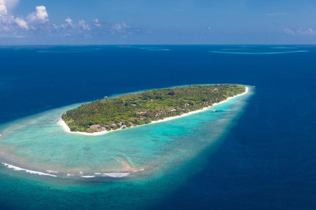 L'île de Kunfunadhoo dans l'Atoll de Baa vue du ciel © Sandro Bruecklmeier