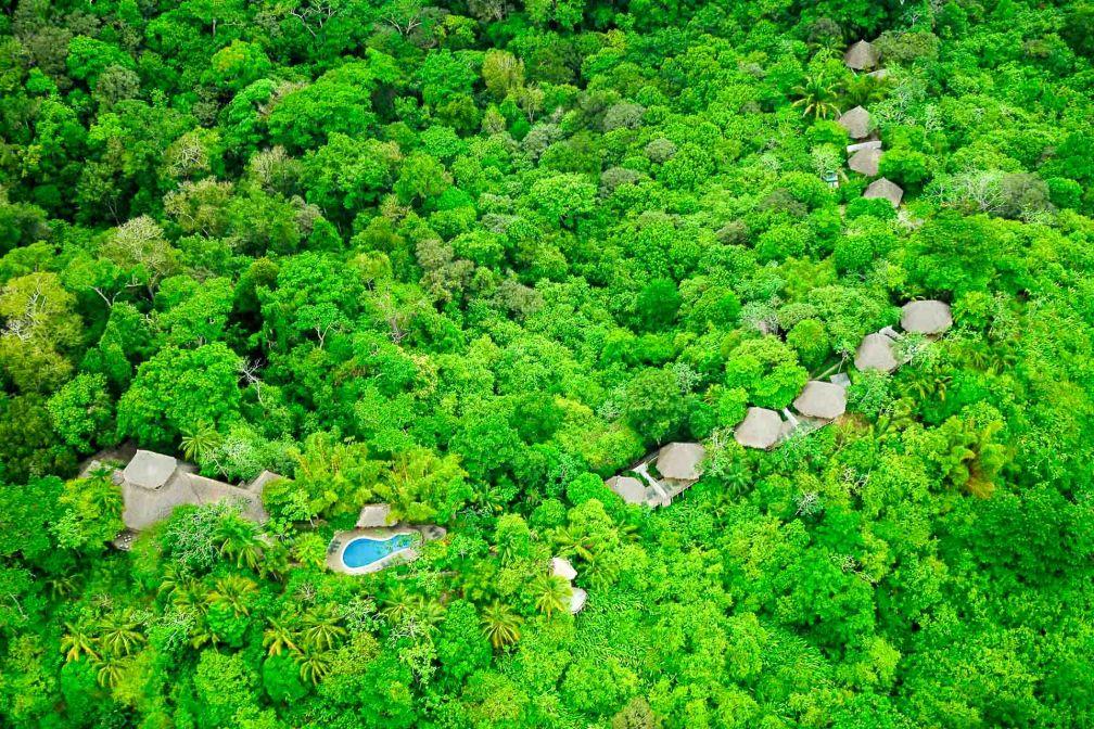 Avec ses bungalows disséminés dans la jungle, le Lap Rios Lodge est l'une des adresses pionnières en termes d'écotourisme au Costa Rica © DR