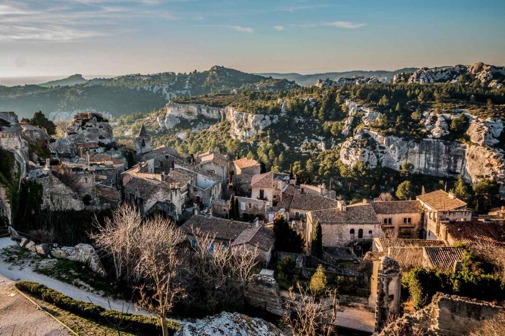 Vue du village depuis le château des Baux-de-Provence © Gerald Villena – stock.adobe.com