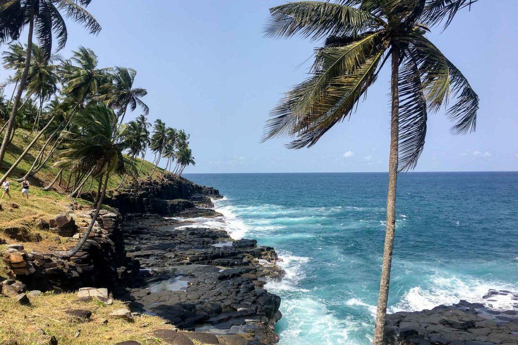 La côte sauvage sur l'île de Sao Tomé © Alicia Dorey