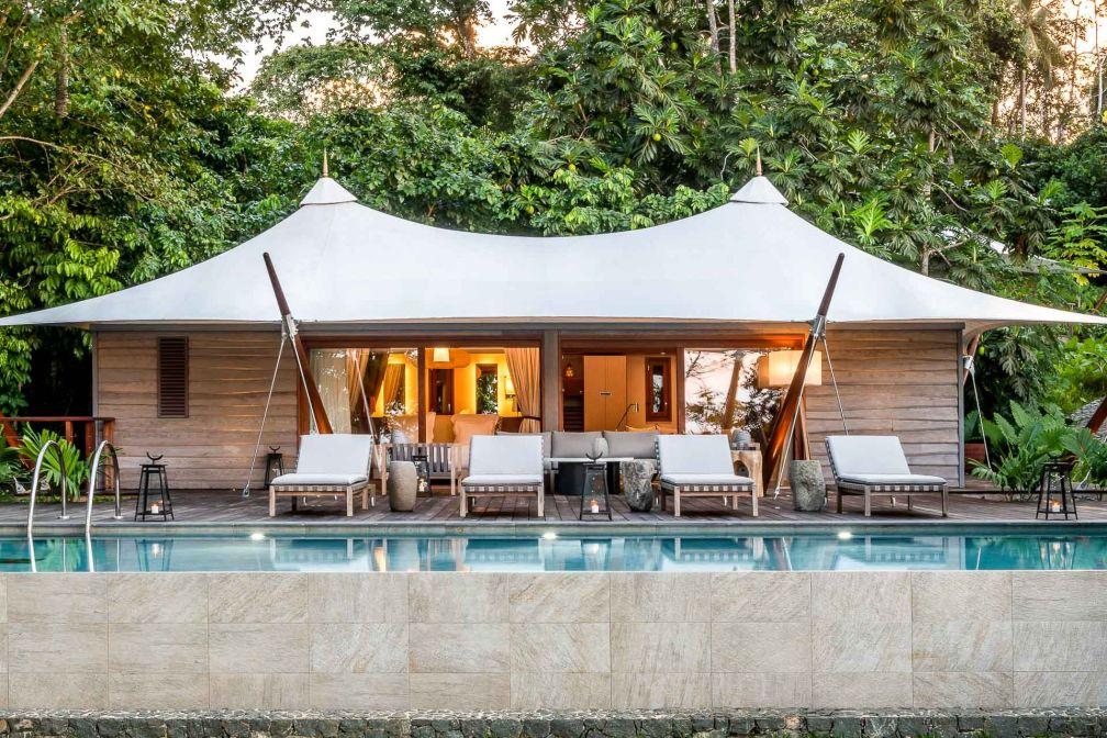 Décor tropical et hébergement luxueux au Sundy Praia Lodge, sur l'île de Principe © DR