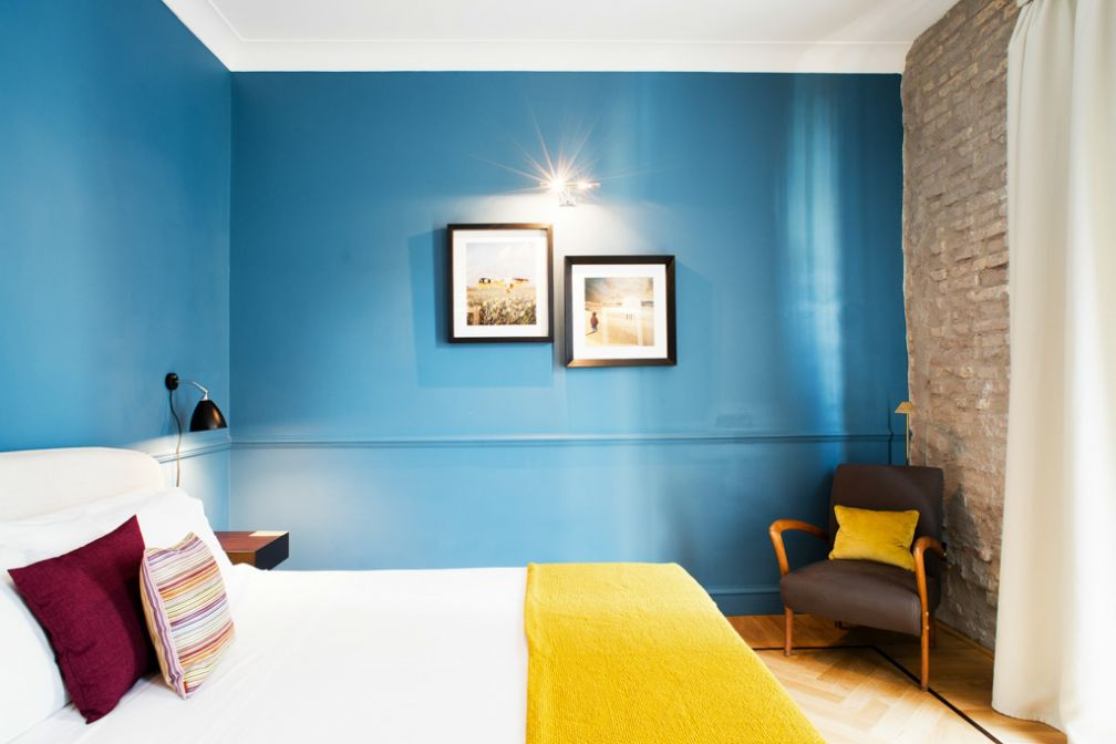 Chambre colorée au Fifteen Keys, boutique-hôtel tendance dans le quartier de Monti © The Fifteen Keys Hotel
