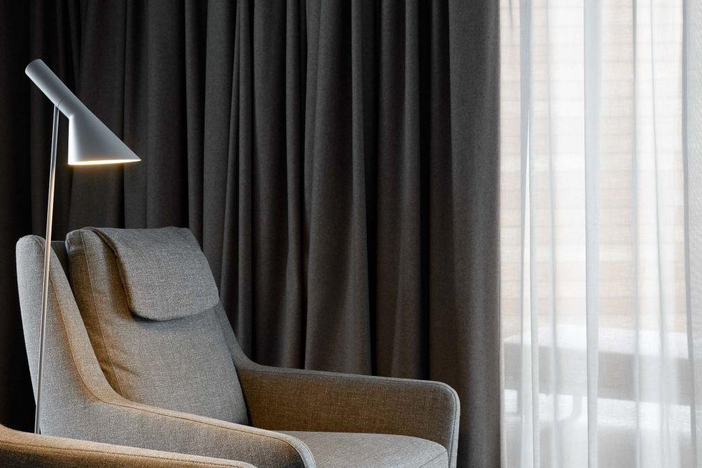 Une attention particulière a été portée au mobilier pour favoriser le confort et la détente. © The Retreat at Blue Lagoon