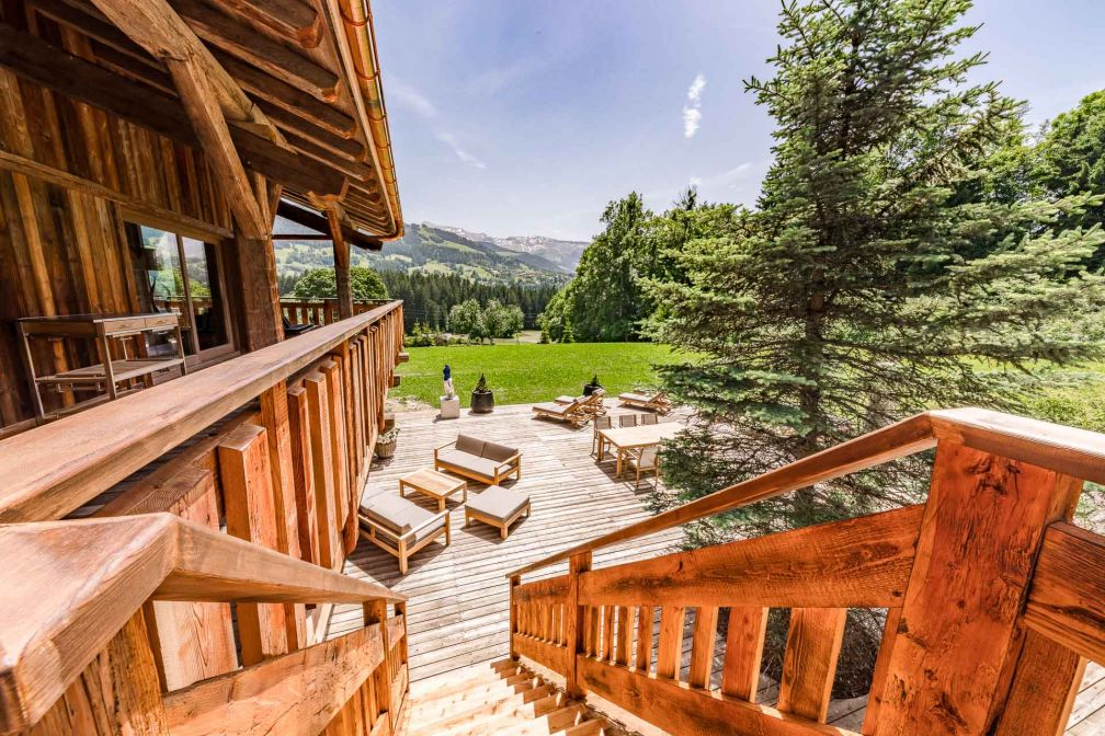 La terrasse du chalet Ultima Megève. © Igor Laski