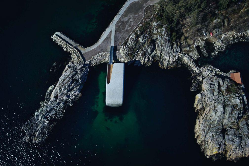 Vue aérienne du restaurant Under à Lindesnes, Norvège © André Martinsen