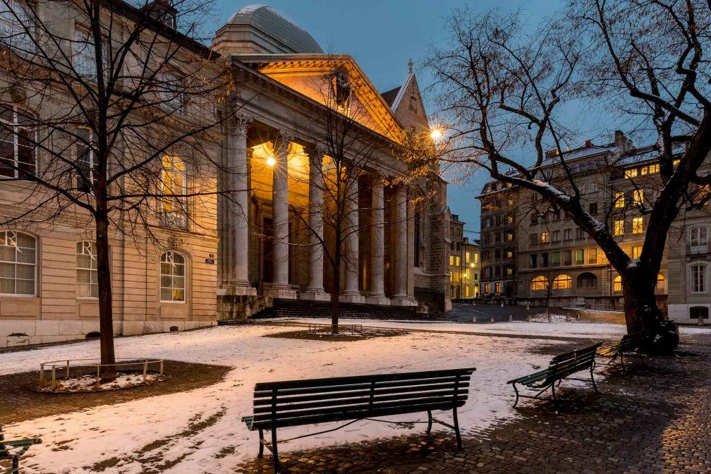 Lumières d'hiver dans le centre historique de Genève © Switzerland Tourism
