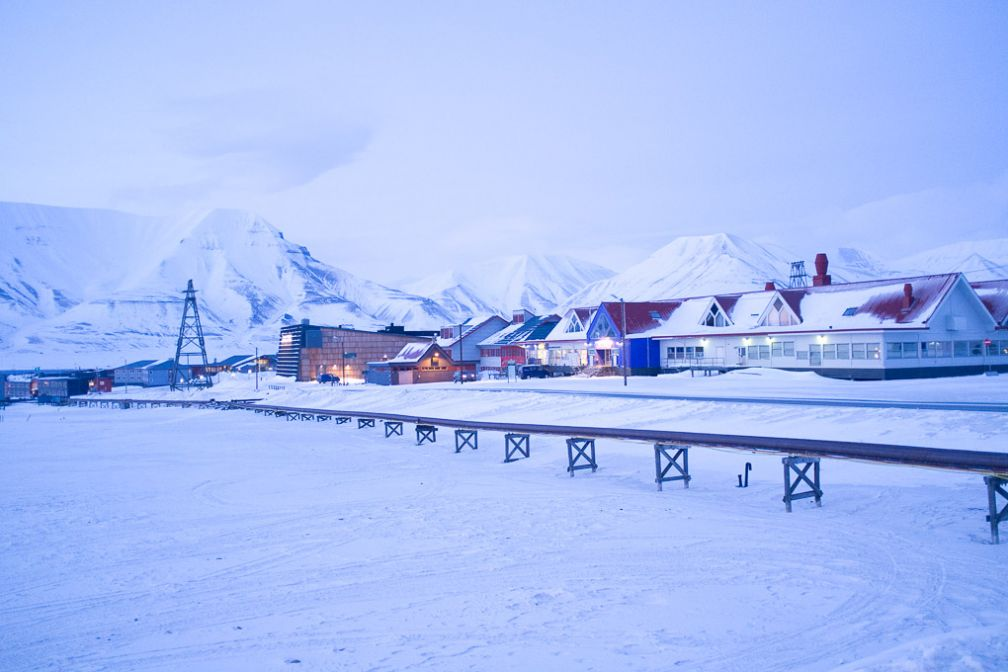 Longyearbyen en fin de journée.