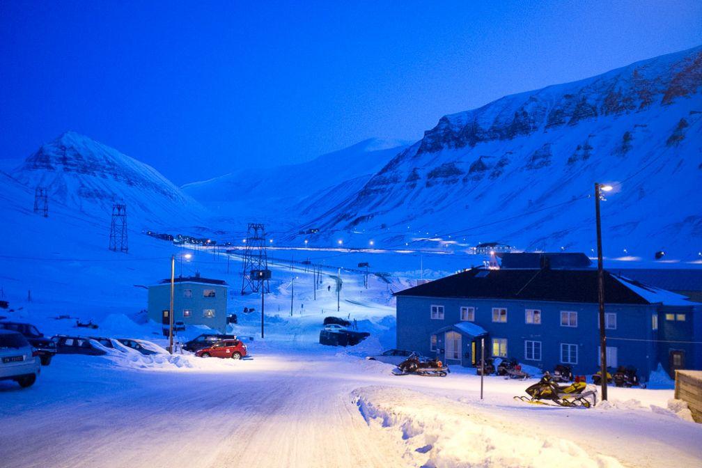 Longyearbyen de nuit.