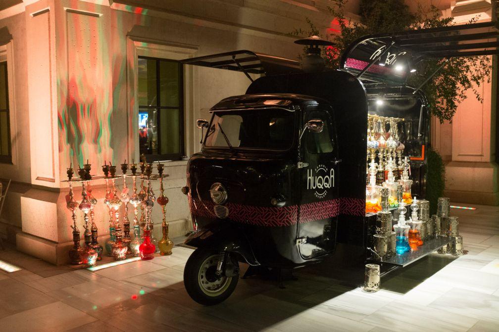 Indéniablement <i> fun </i>, ce mini «nargile truck» propose des saveurs bio.  © Yonder.fr