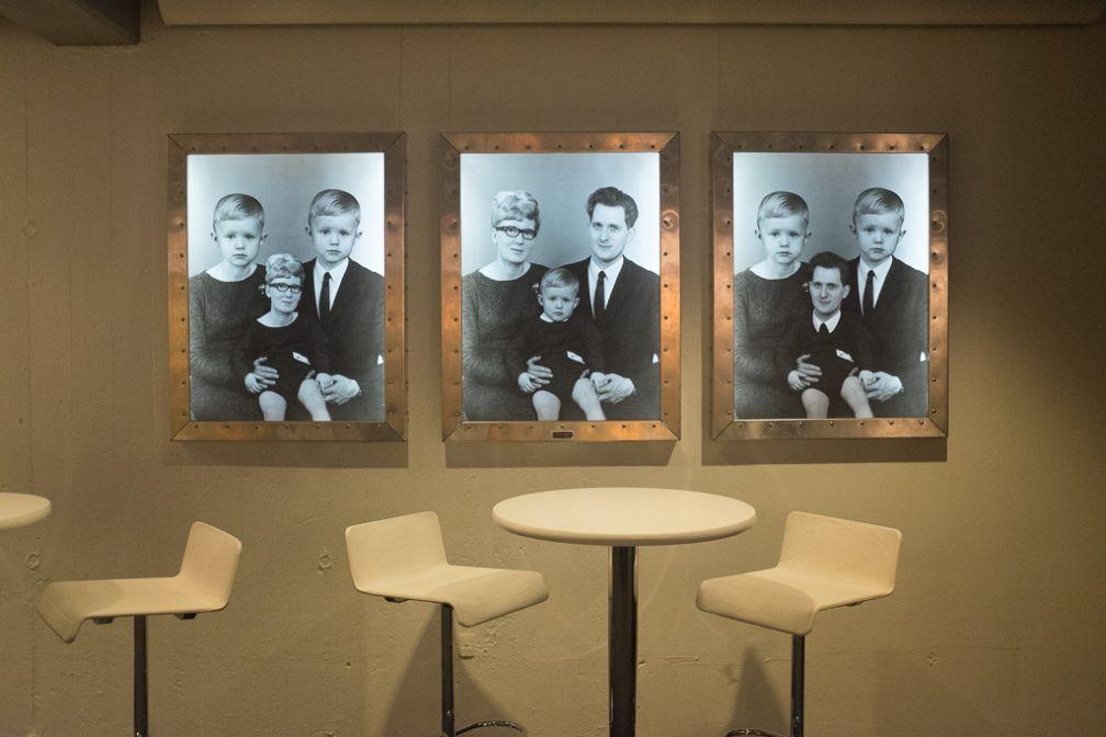 Oeuvre d'art dans le lobby de l'hôtel Føroyar.