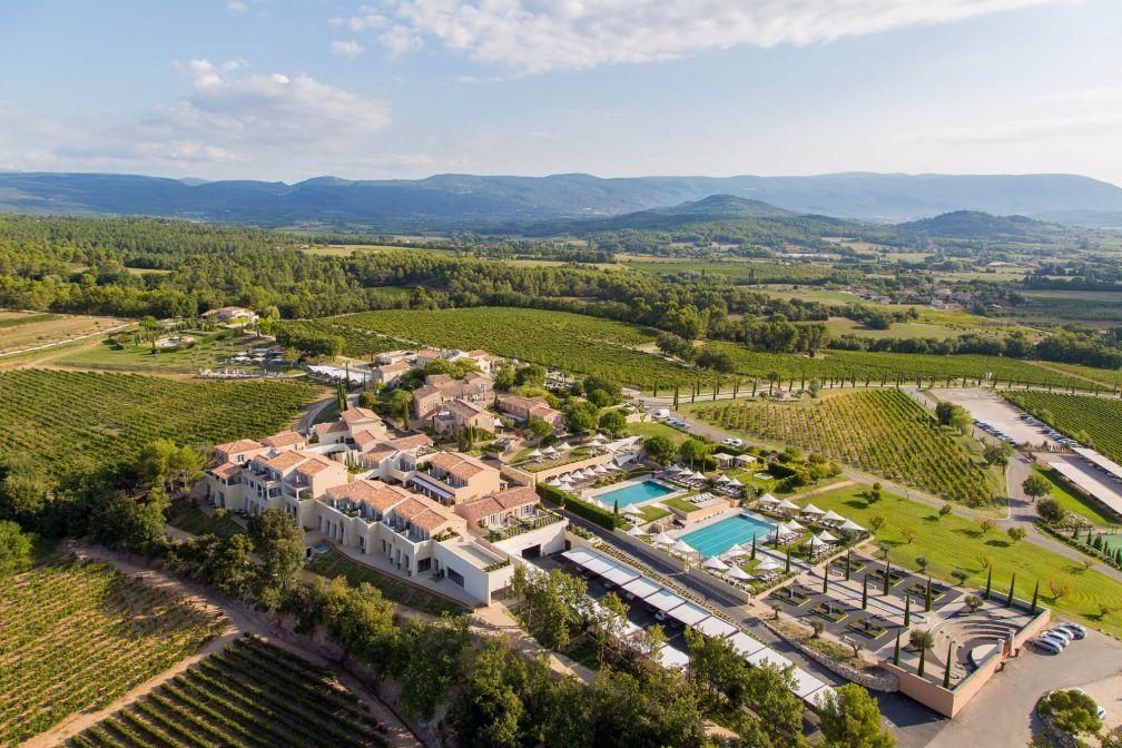 Vue aérienne de Coquillade Village © DR