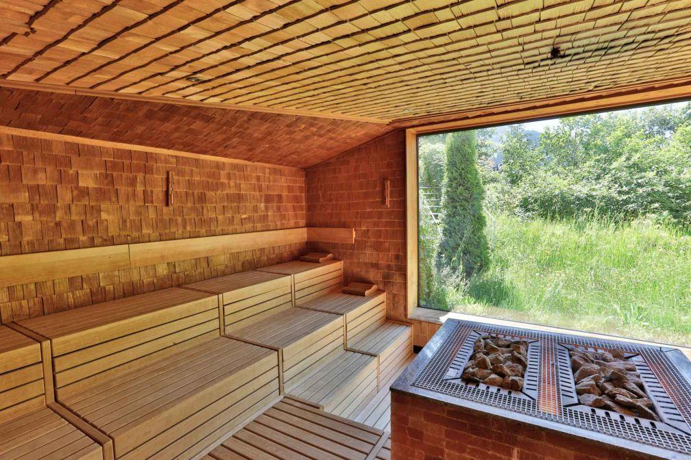 Wellness & Spa Hotel Ermitage – Sauna avec panorama © ERMITAGE