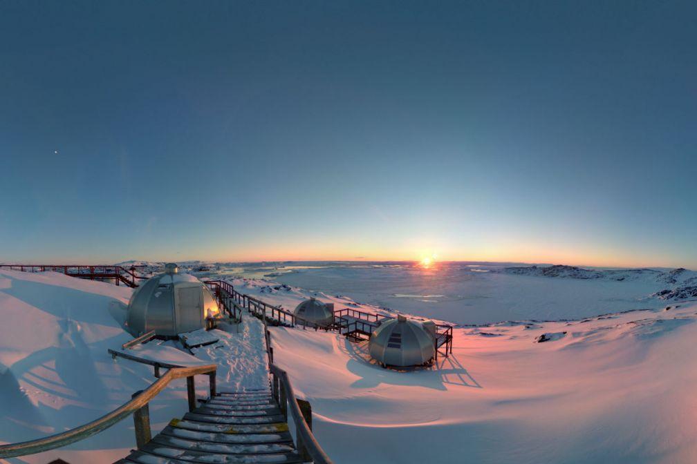 Les igloos de l'Hotel Arctic, aperçus depuis la caméra à 360° Panono. Découvrez dans l'article la vue immersive de ce lieu époustouflant © DB / YONDER.fr