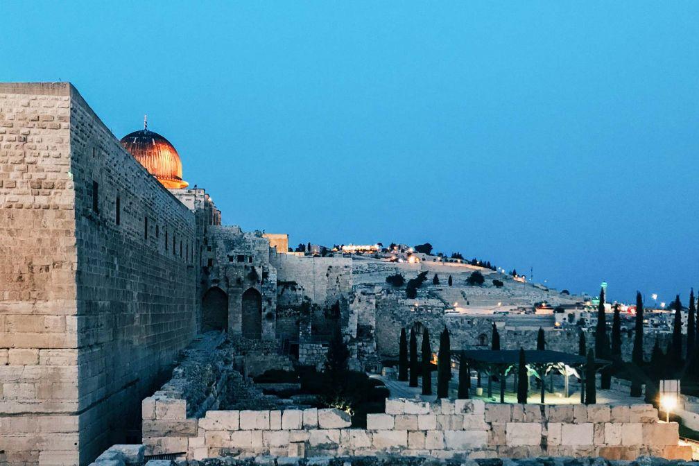 Tombée de la nuit sur la vieille ville de Jérusalem © Camille Weyl
