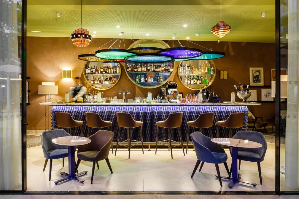 Le Bar Hemingway rend hommage à l'auteur américain, habitué des lieux © Marcella Grassi